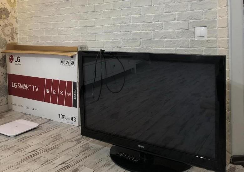 сломался телевизор на гарантии